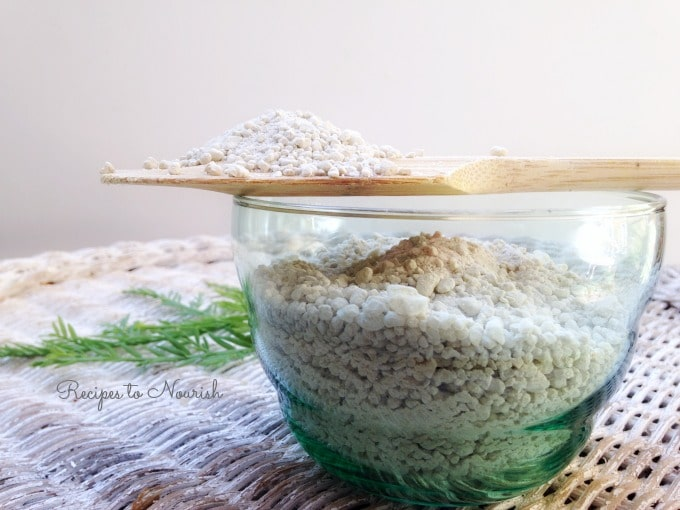 DIY Calming & Detoxing Bath Salts | Recipes to Nourish