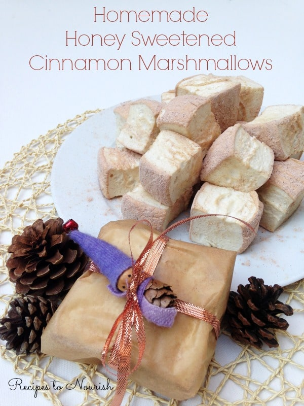 Homemade Honey Sweetened Cinnamon Marshmallows ... nostalgic + simply delicious! Real Food marshmallows are so easy to make + make a perfect holiday gift! | Recipes to Nourish