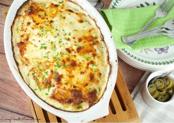 Potatoes Au Gratin With A Creamy Jalapeño Sauce | Living Sweet Moments