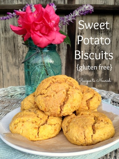 Sweet Potato Biscuits ... perfect during the colder fall and winter months. Enjoy slathered with some good ol' butter, honey, jam or gravy. | Recipes to Nourish