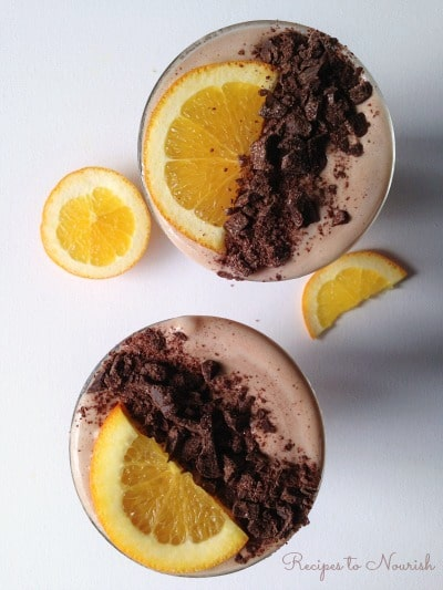Chocolate Orange Smoothie ... refreshing, nutrient packed real food smoothie. The perfect healthier treat, snack or on-the-go drink. | Recipes to Nourish