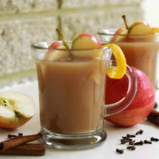 Easy Instant Pot Spiced Apple Cider