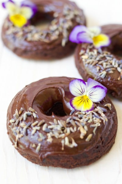 (Ad) There's nothing more fun than healthy, Grain Free Chocolate Donuts for breakfast! These delicious, soft and chocolaty real food donuts are baked to perfection and made with wholesome ingredients. They're Paleo friendly, nut free and have no coconut flour too! // Recipes to Nourish // Paleo Donuts   Grain Free Donuts   Cassava Flour Donuts   Paleo Recipes   Healthy Donuts //