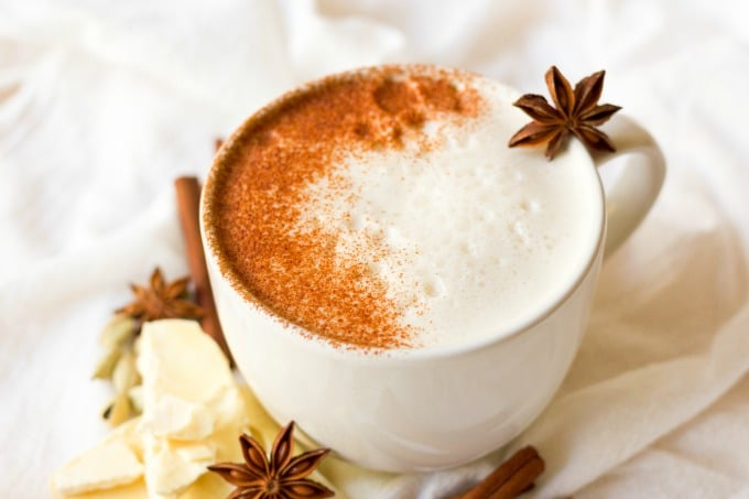 (ad) This healthy Chai White Hot Chocolate is the real deal. You won't find any white chocolate chips in this rich, spiced warming drink, only real foodingredients. It's naturally sweetened, Paleo-friendly and an extra special drink to sip on during the colder months. | Recipes to Nourish