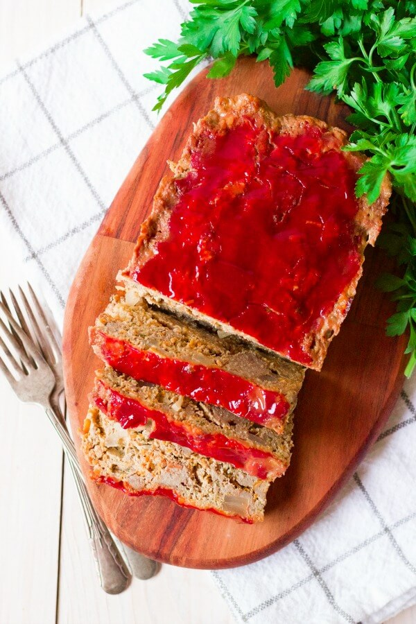 Meatloaf with 3 slices.